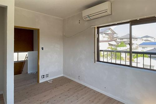 塗り壁の部屋を乾燥させるイメージ